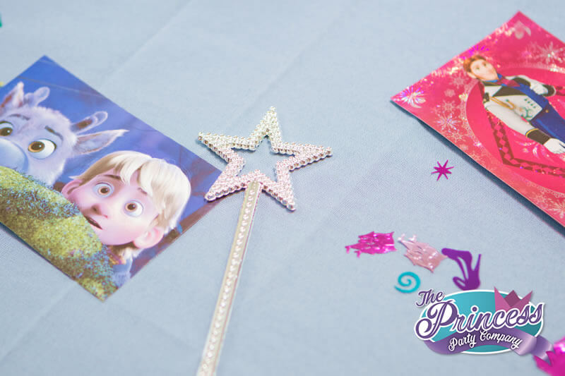 How to Decorate for an Elsa Party